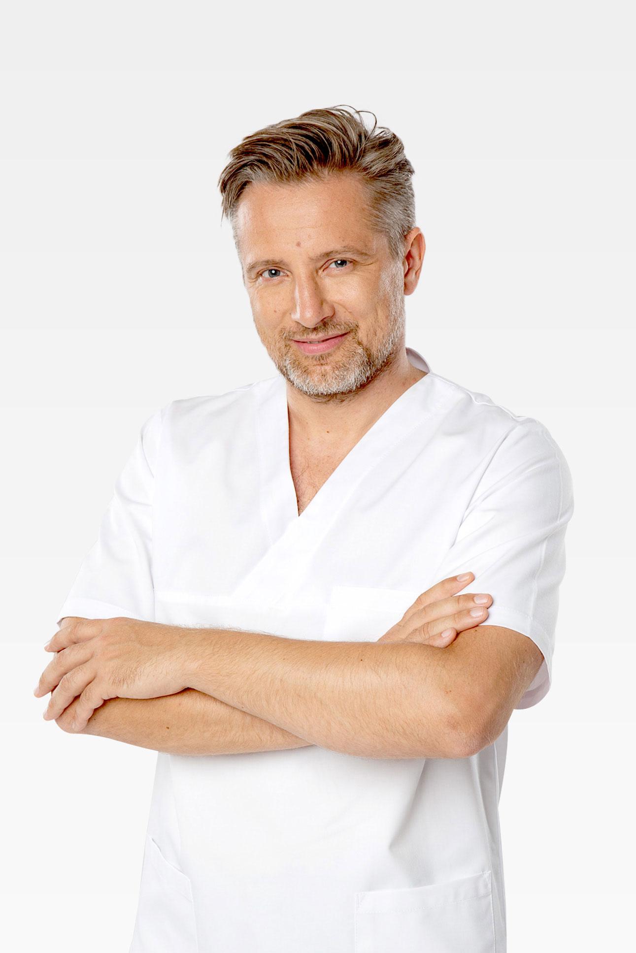 Marek Rybicki Doctor of Dental Science Atelier Uśmiechu Warszaw Mokotów